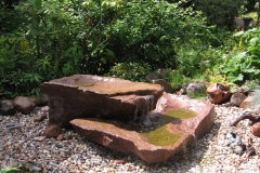 roter Granit, 2-teilig